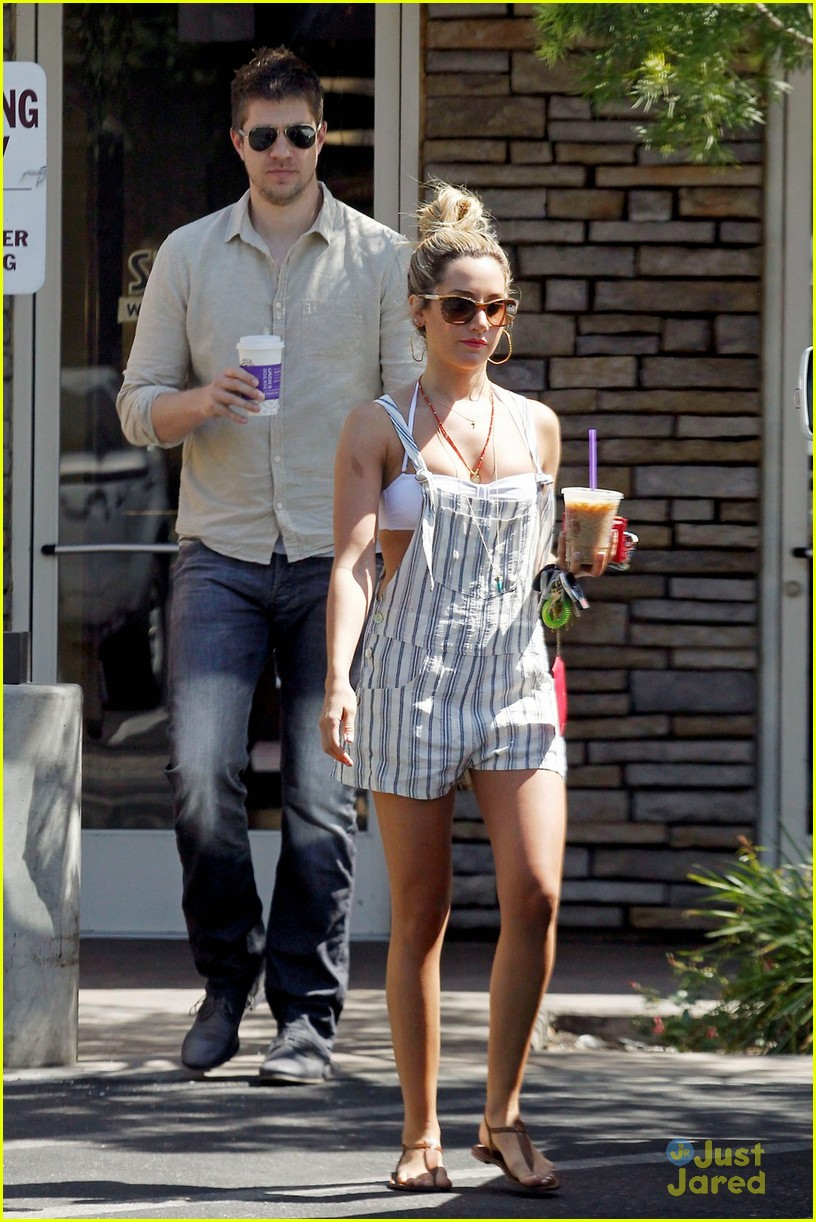 ashley tisdale scott speer coffee 05