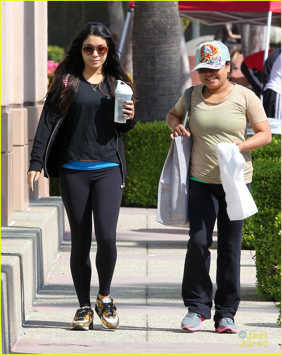 vanessa hudgens workout gina 02