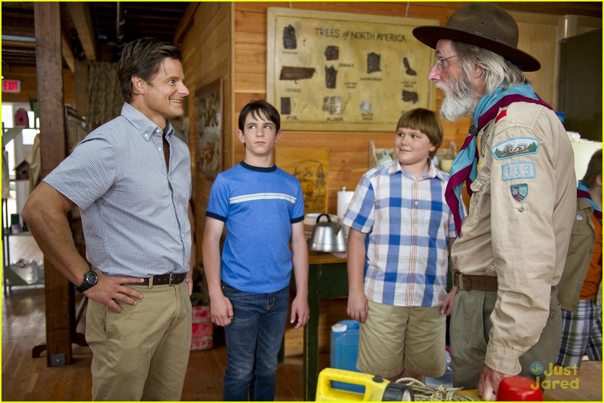 peyton zachary wimpy kid stills 06