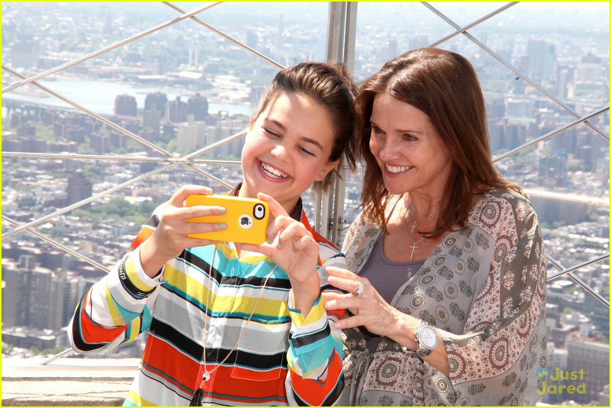 bailee madison empire state 05