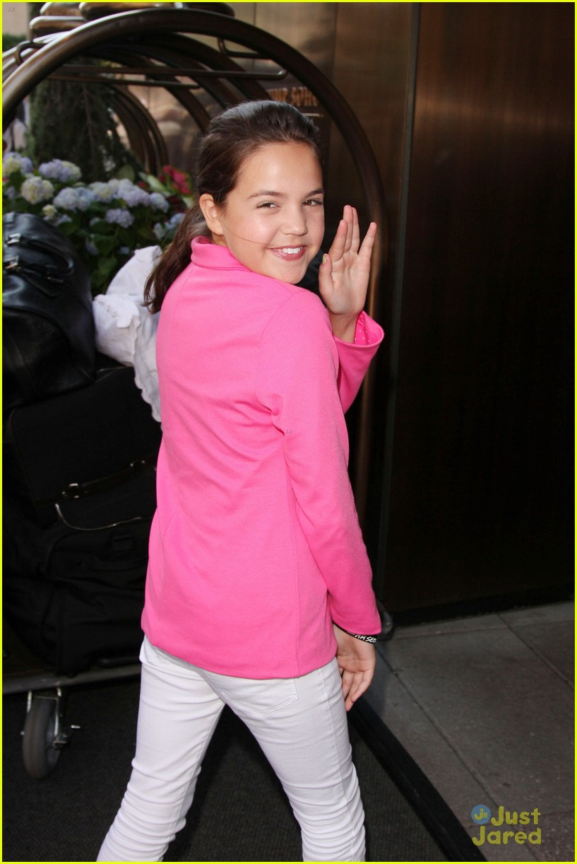 bailee madison empire state 08
