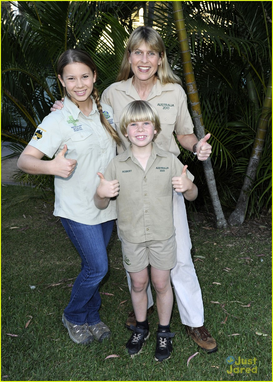 bindi irwin zoo hospital fundraiser 04