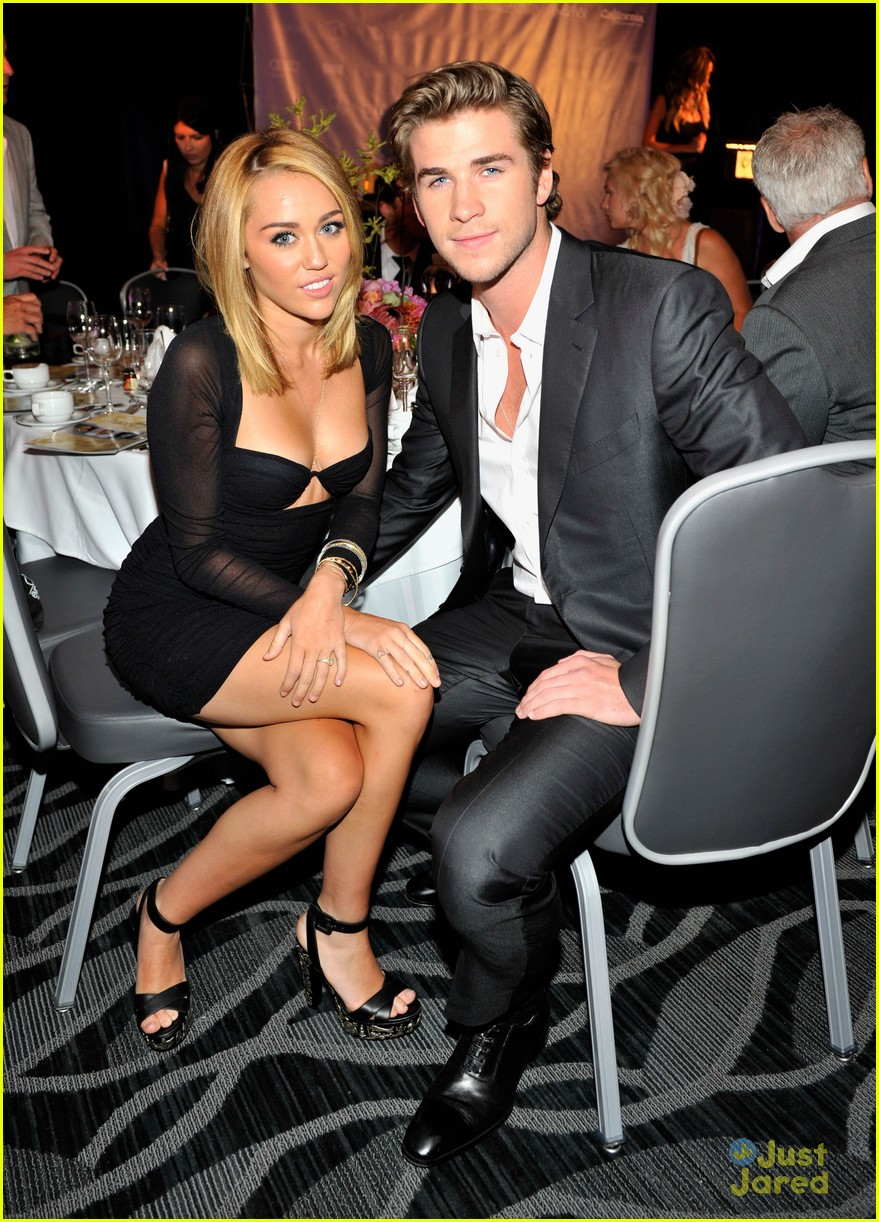 miley cyrus liam hemsworth australians in film awards 10