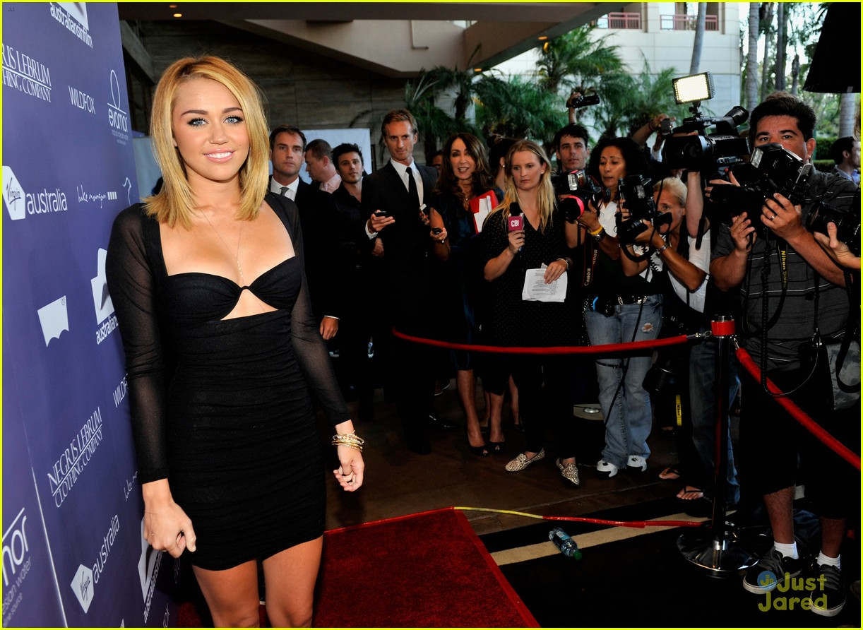 miley cyrus liam hemsworth australians in film awards 12