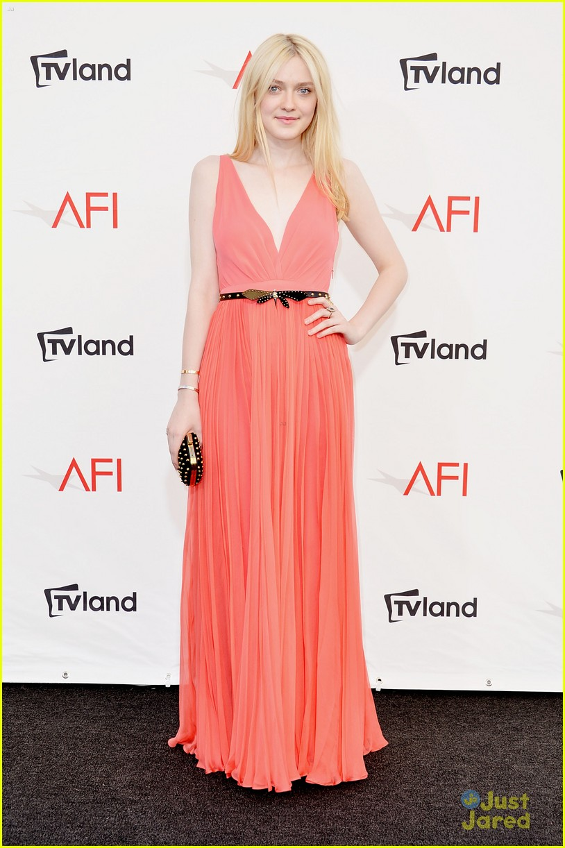 dakota fanning afi ceremony 08