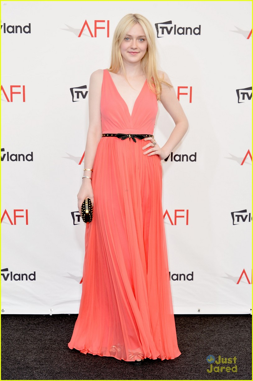 dakota fanning afi ceremony 10