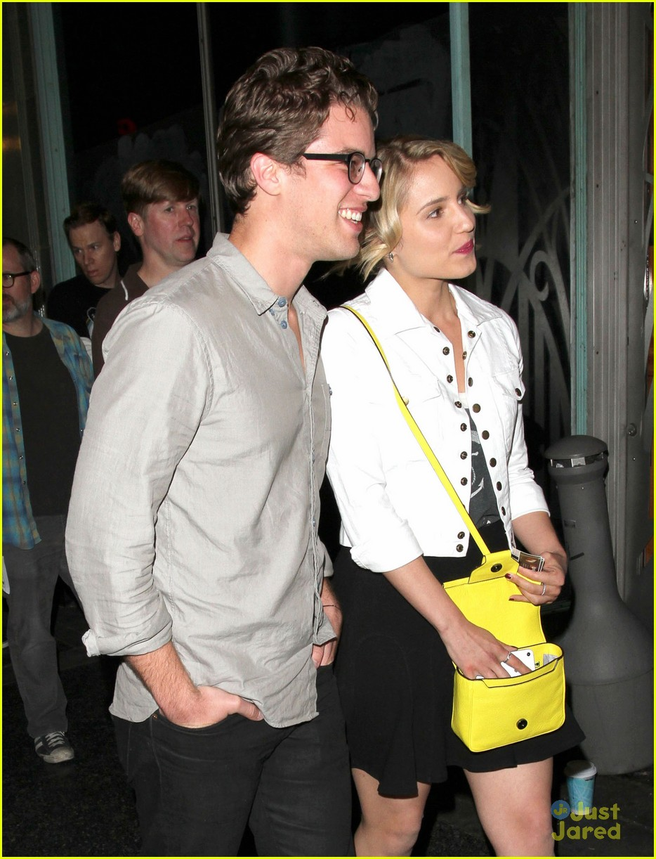dianna agron jack white concert 04