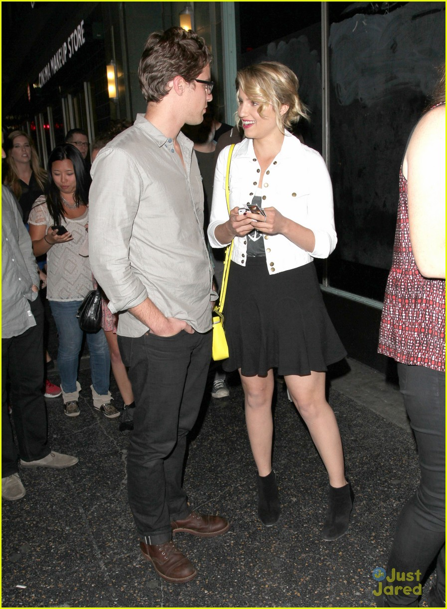 dianna agron jack white concert 05