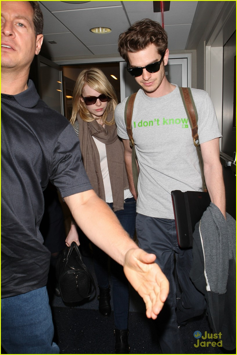 emma stone andrew garfield lax 01