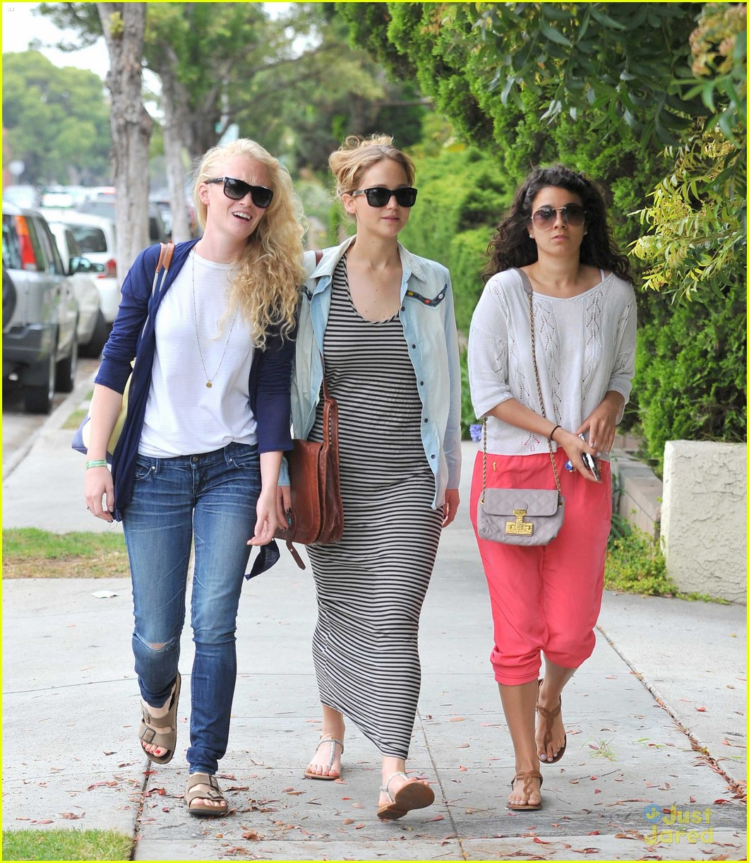 jennifer lawrence friends lunch 10