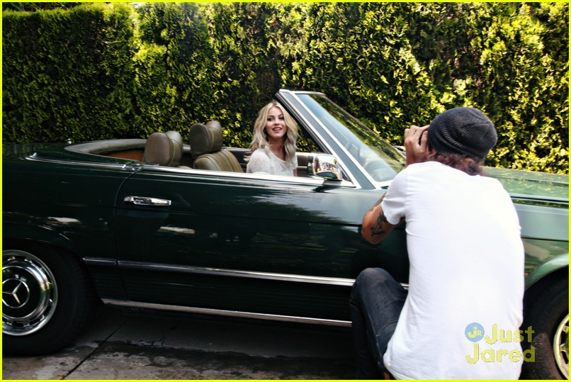 julianne hough zooey bts 05