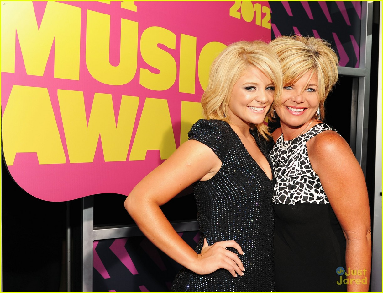 lauren alaina cmt awards 02
