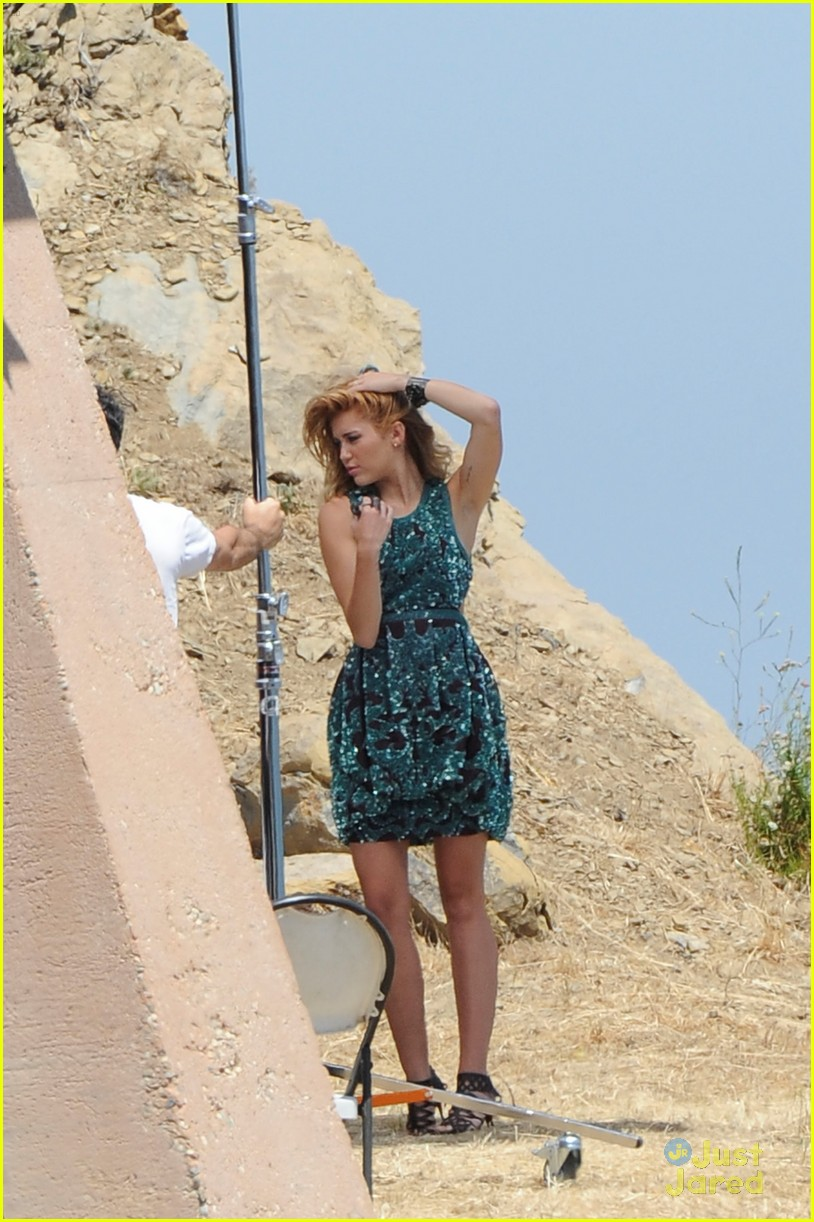 miley cyrus shoot malibu 04