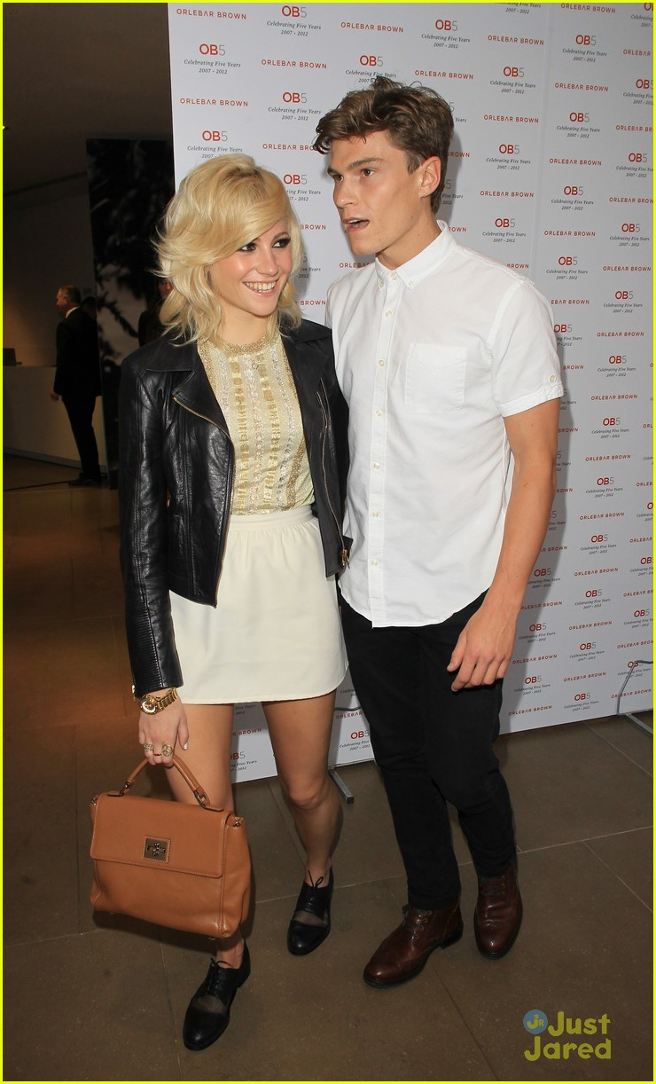 pixie lott oliver cheshire orelbar brown 04