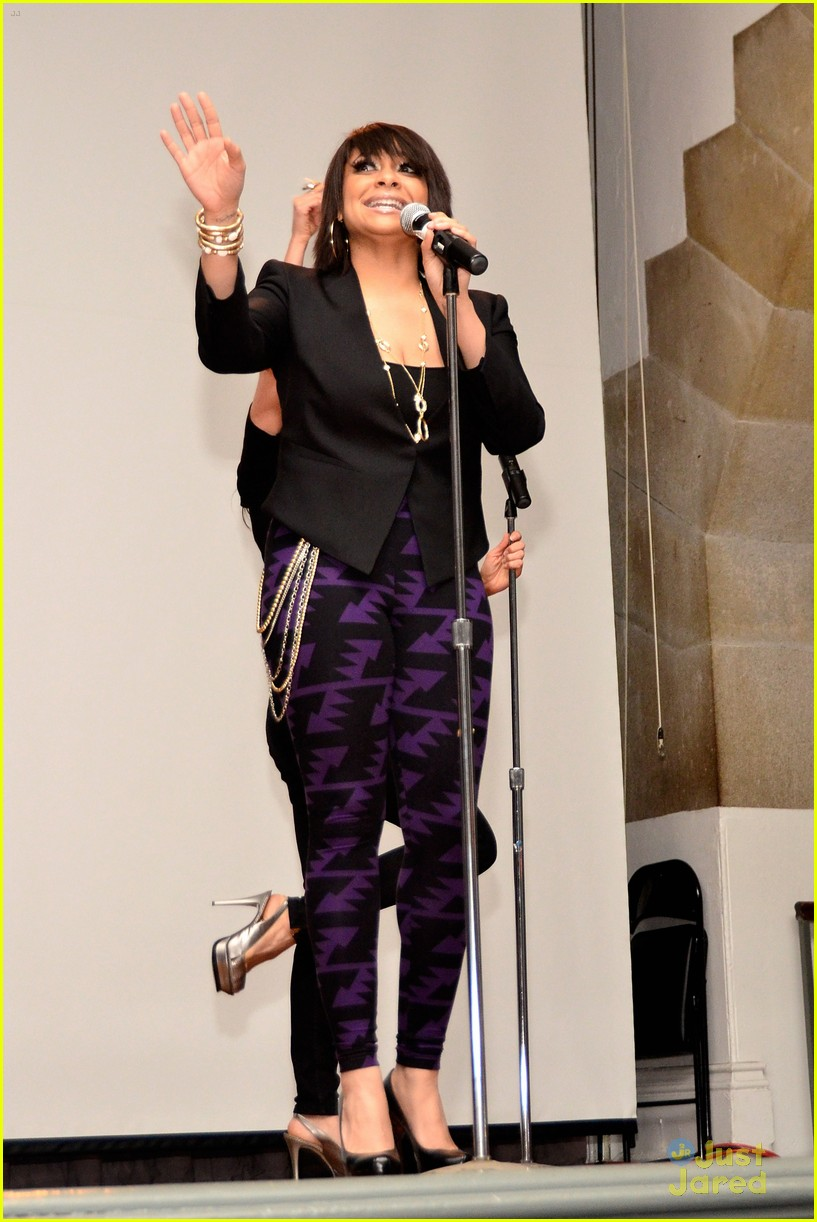 raven symone lgbt pride celebration 01