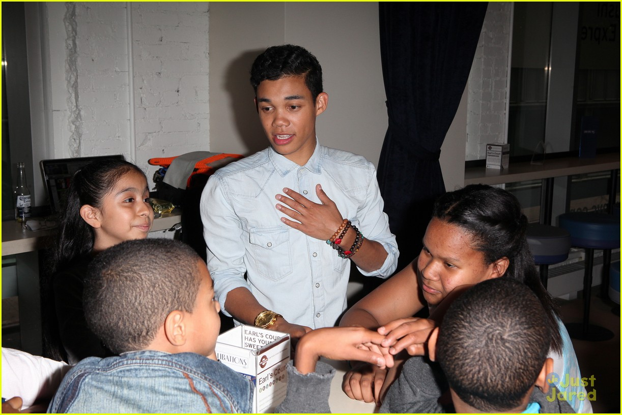 roshon fegan mlb fan cave 10