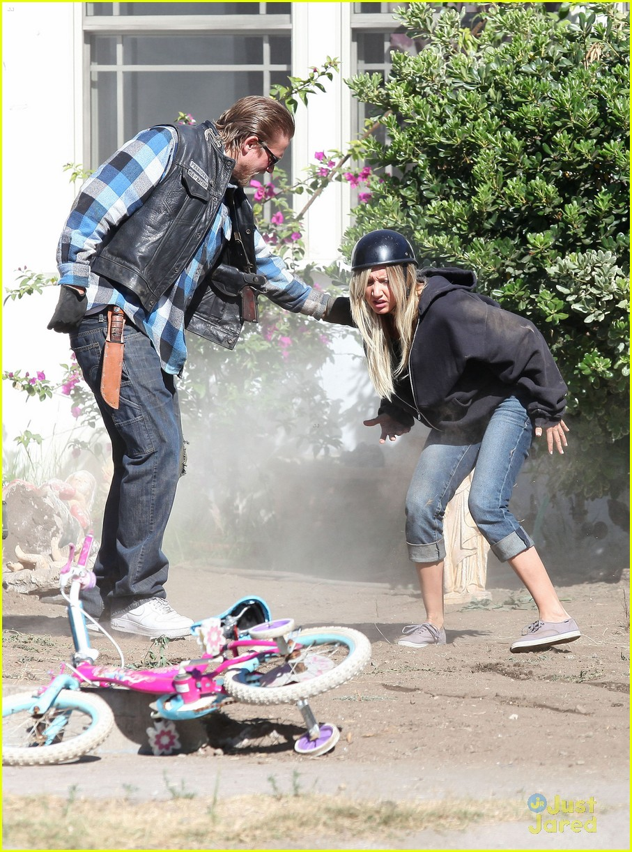 ashley tisdale soa cycle 09