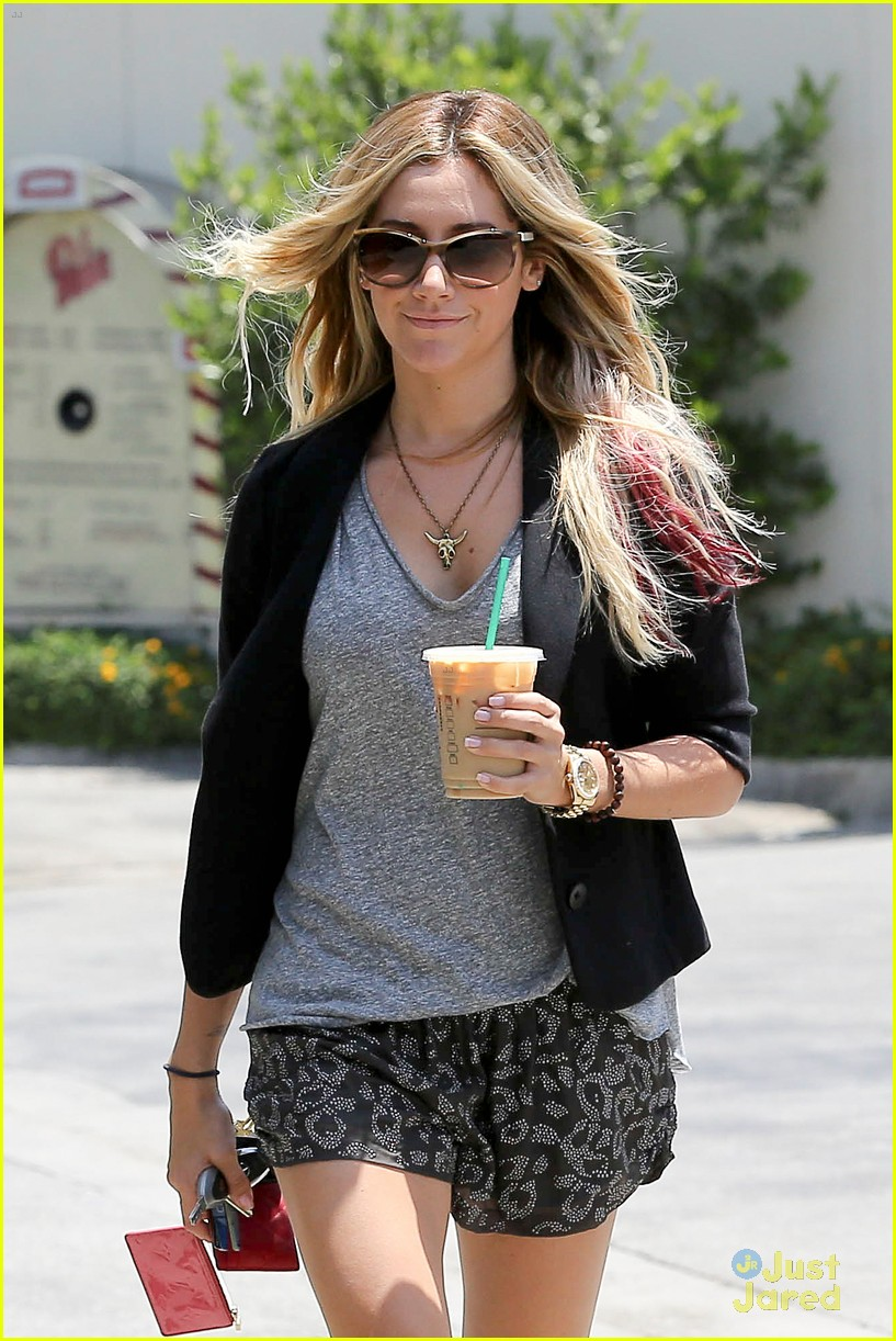 ashley tisdale soa set 07