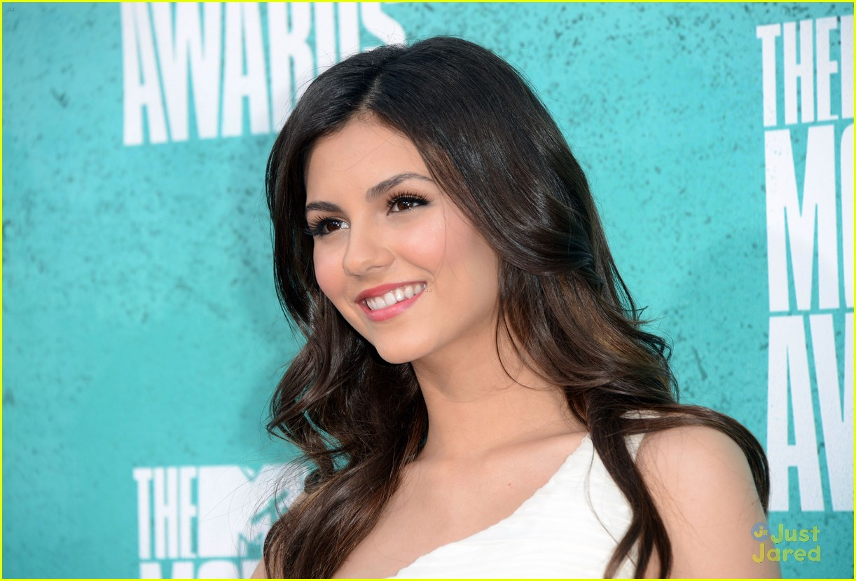 victoria justice mtv movie awards 08