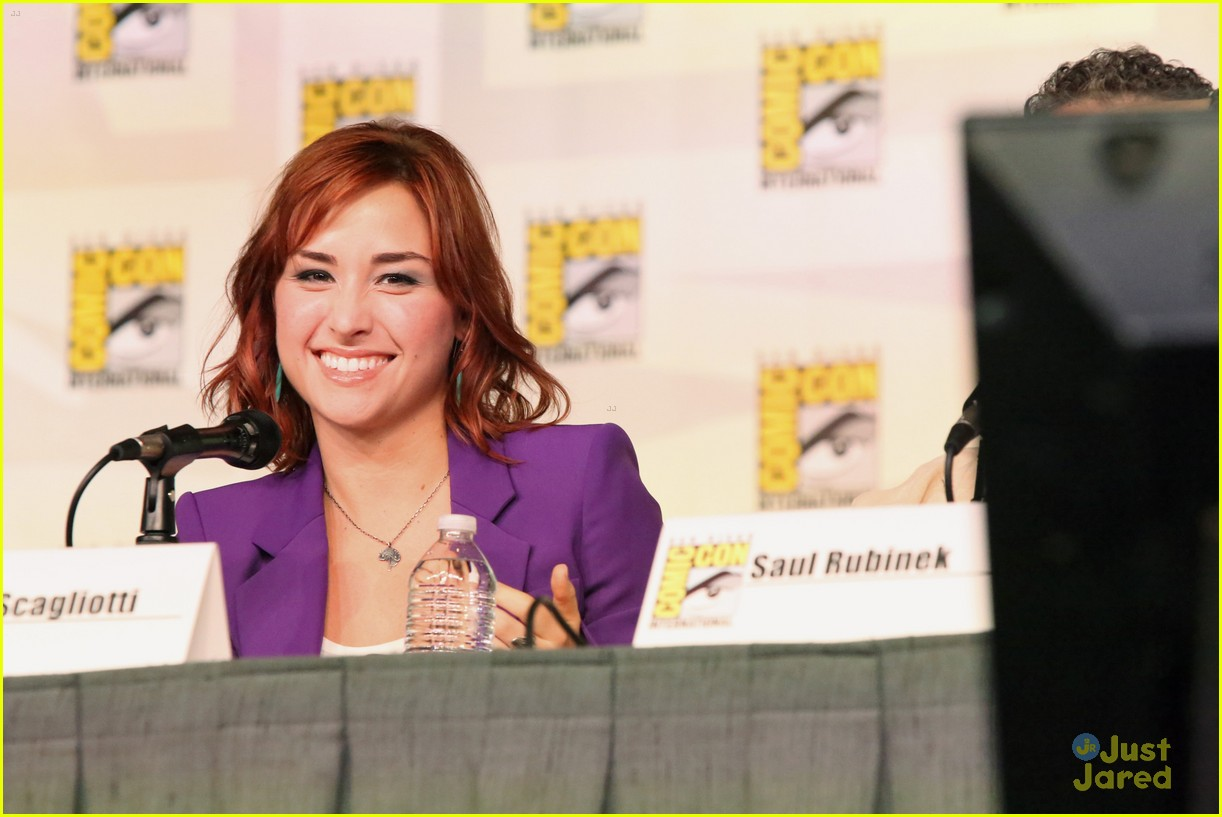 allison scagliotti comic con 2012 03