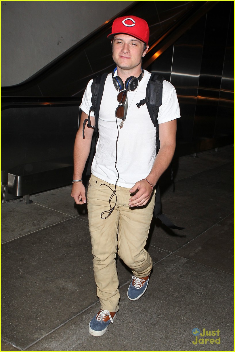 hutcherson lax arrival 03
