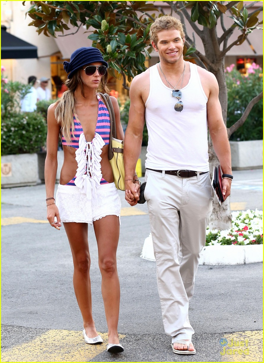 kellan lutz sharni vinson france 04