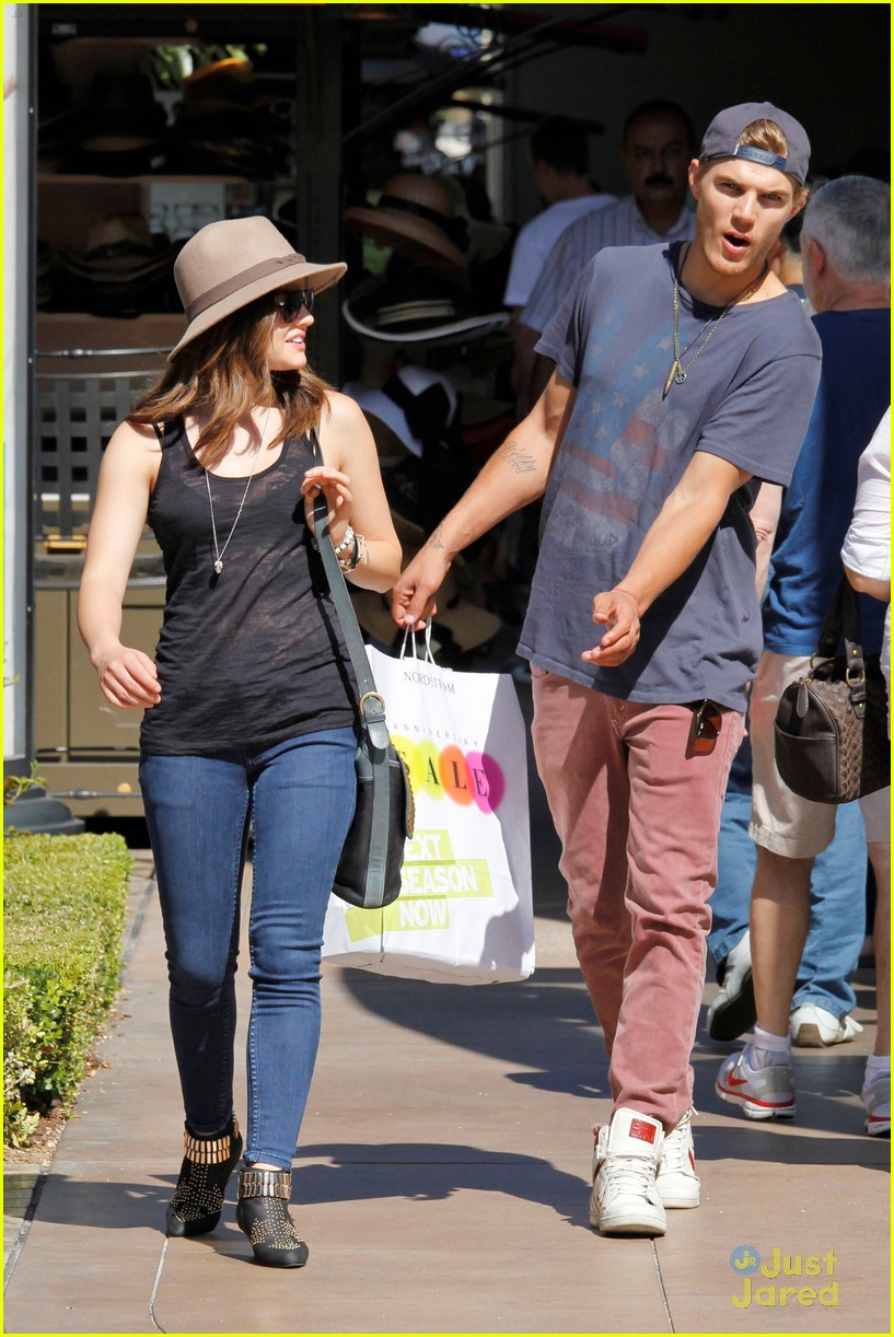 lucy hale chris zylka grove 12