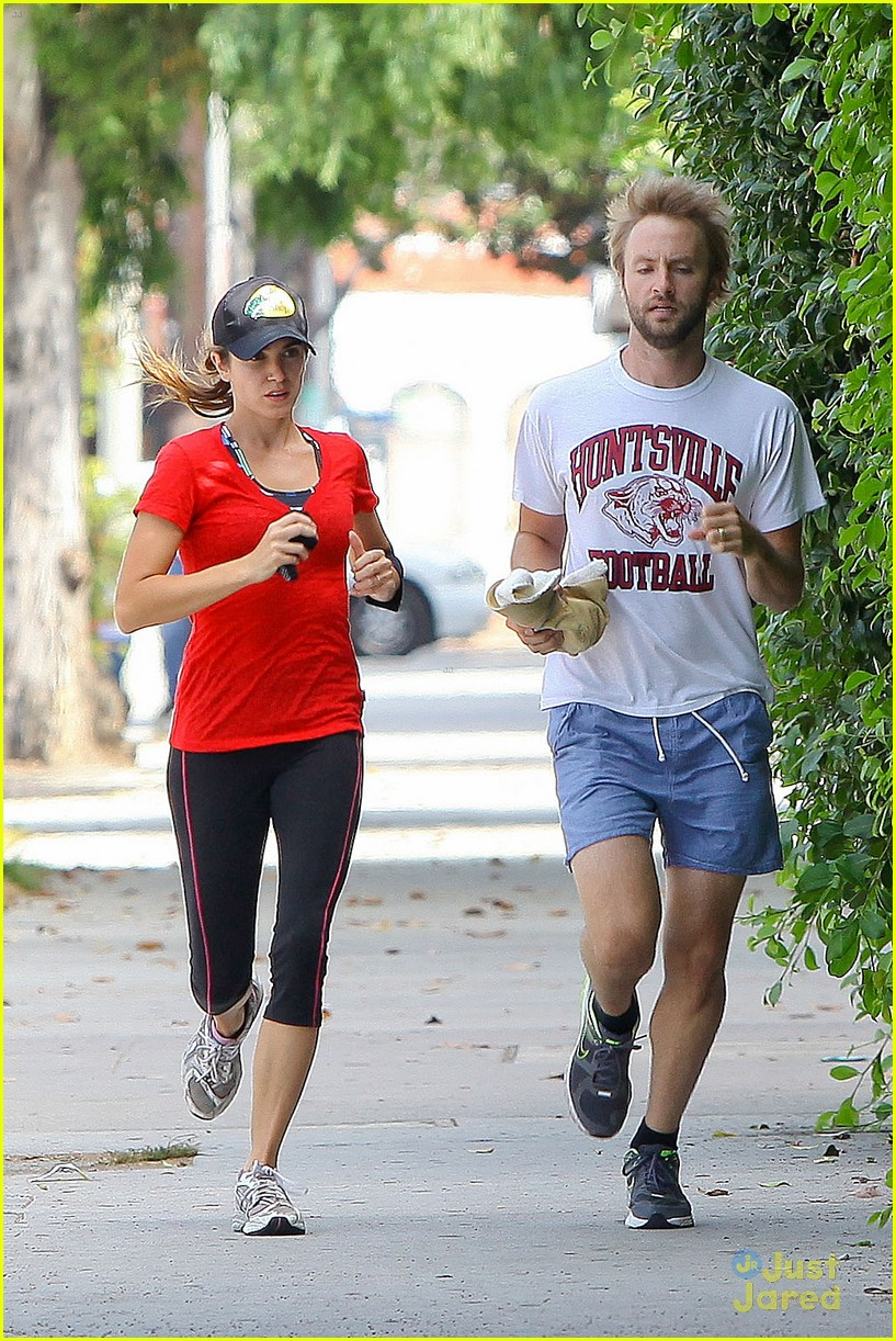 nikki reed jog paul mcdonald 05
