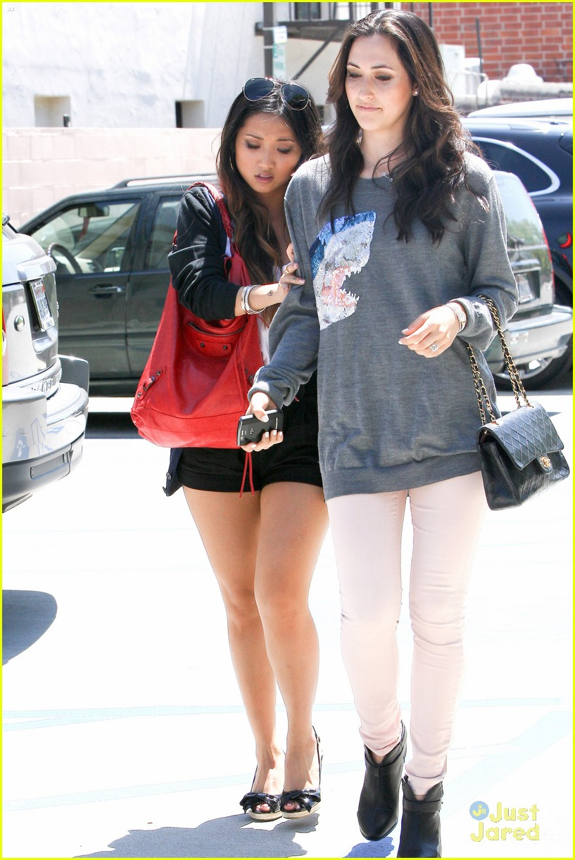 brenda song shopping friends 03