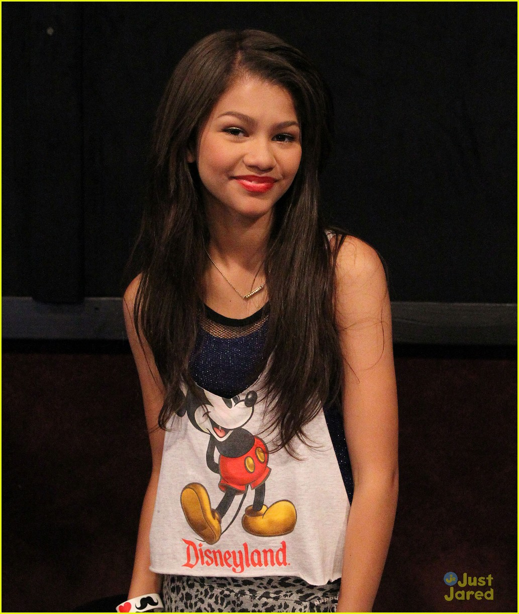 zendaya coleman zwaggers 01