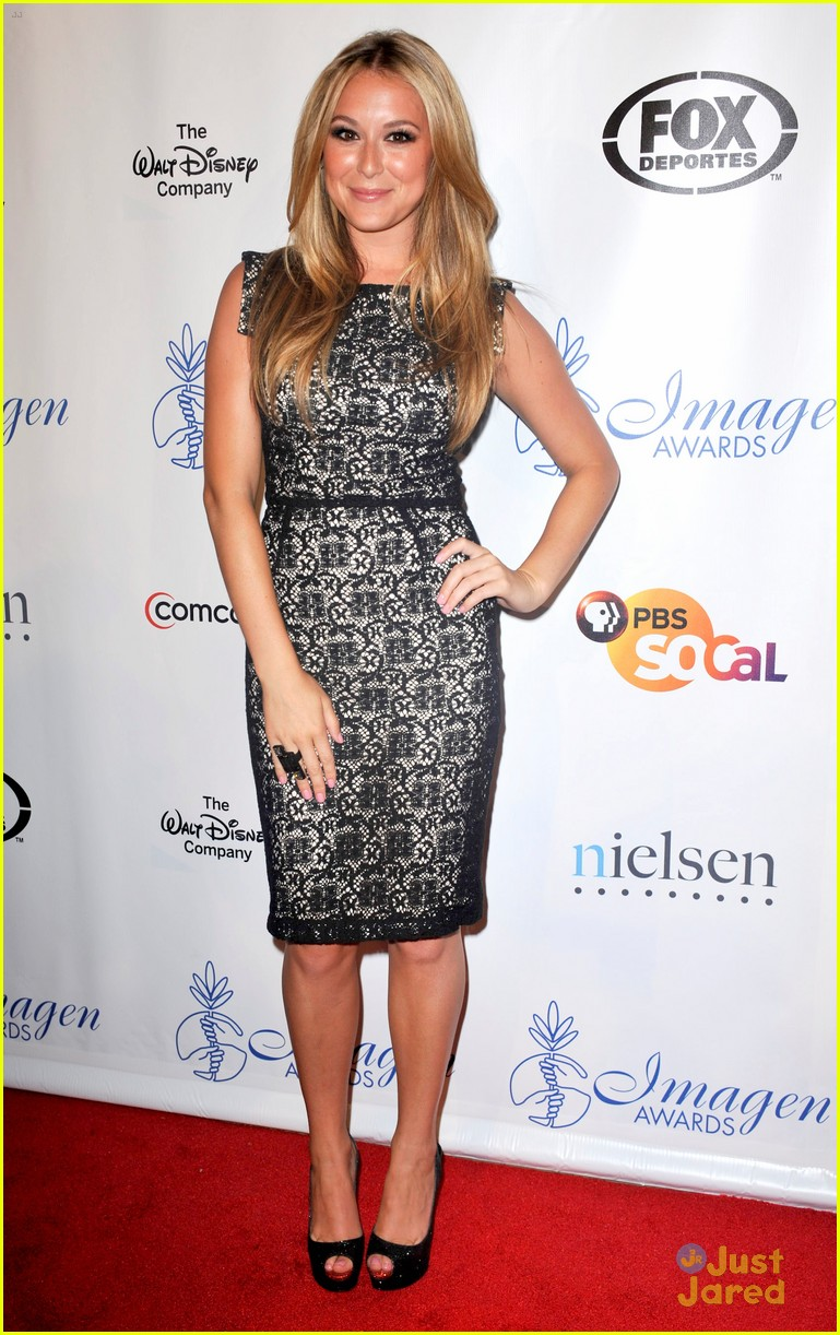 alexa vega imagen awards winner 05