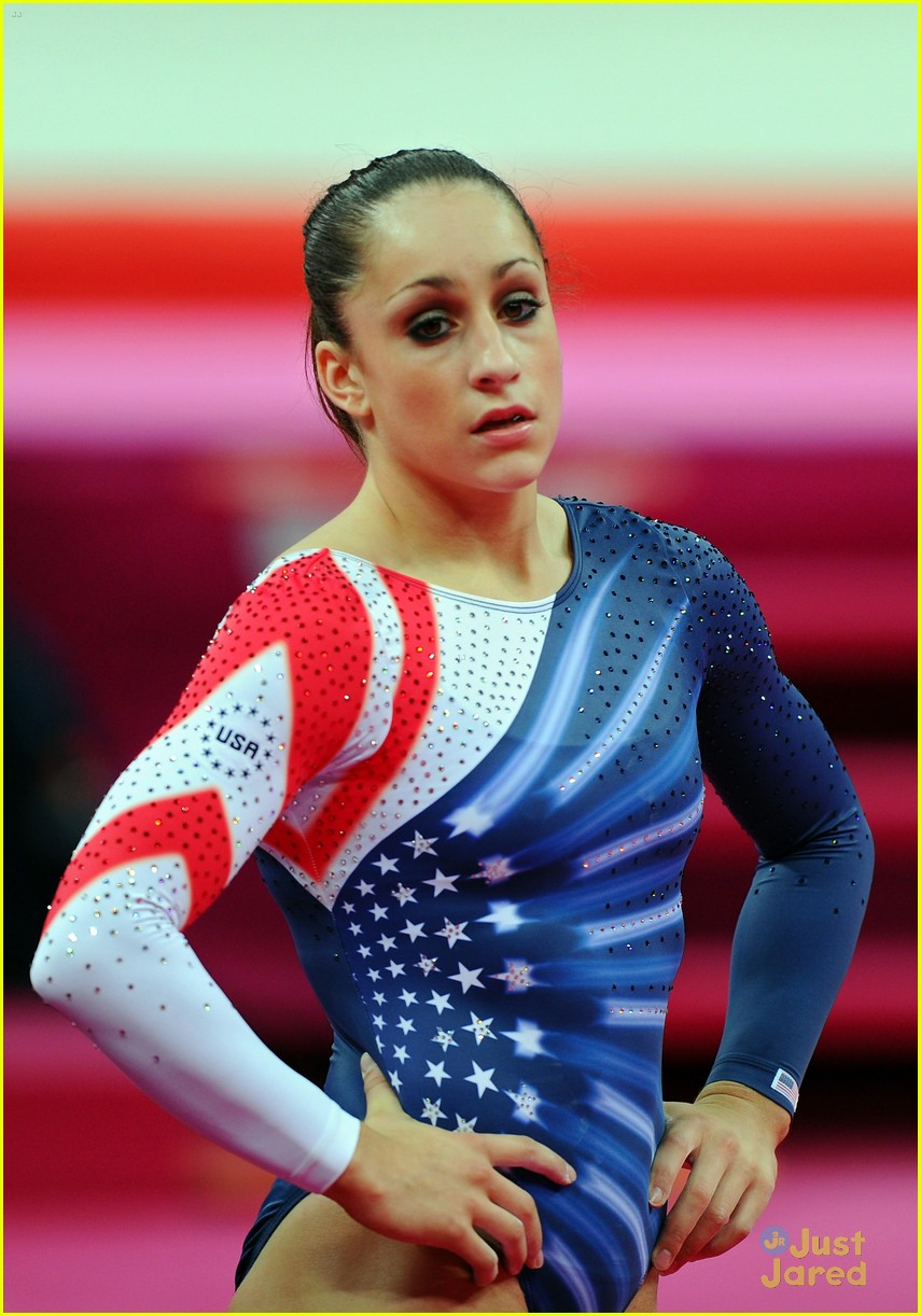 aly raisman gold floor olympics 16