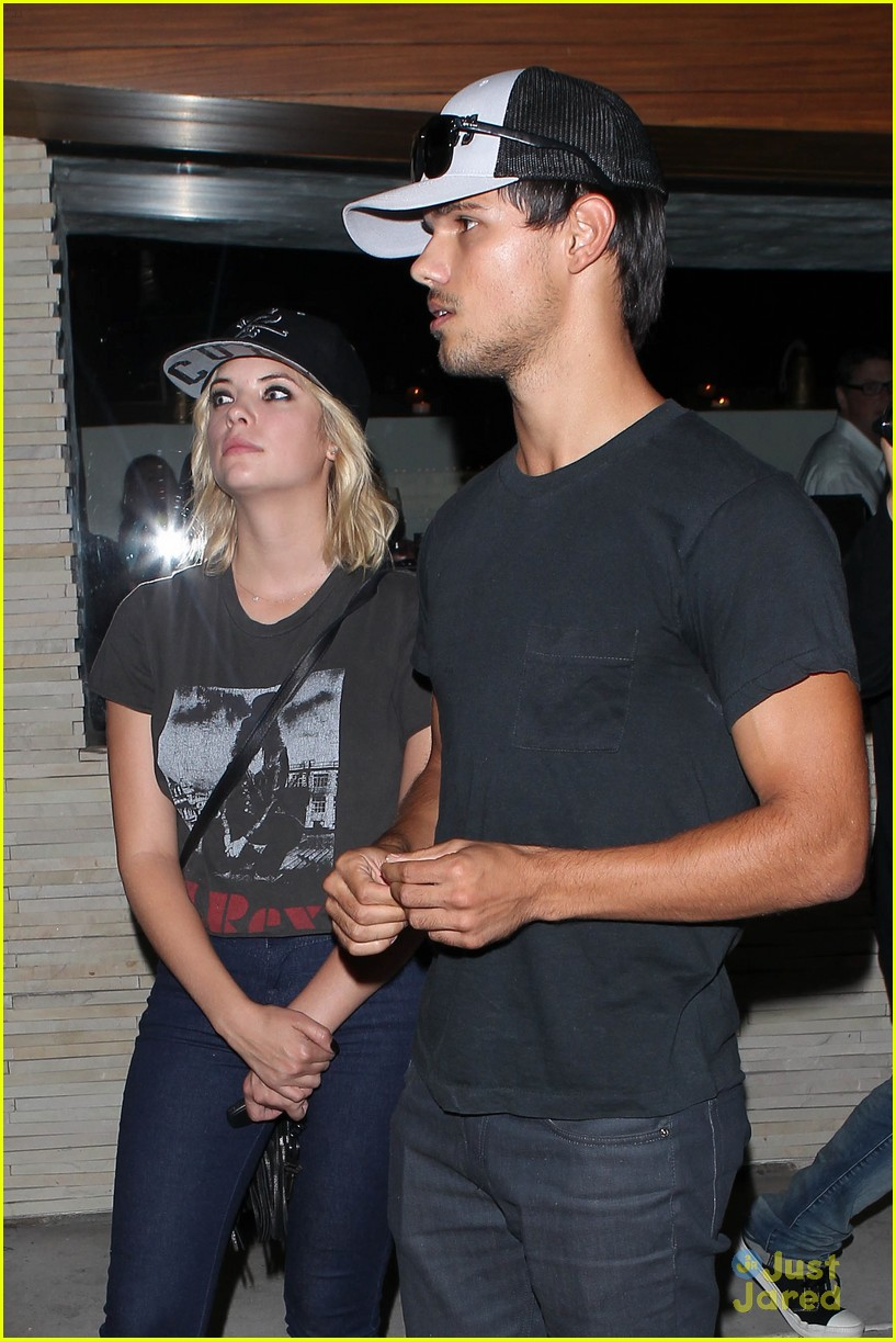 ashley benson taylor lautner red o 02