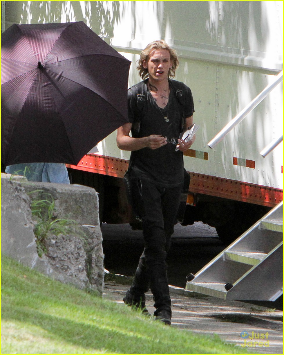 collins mi set pics 04