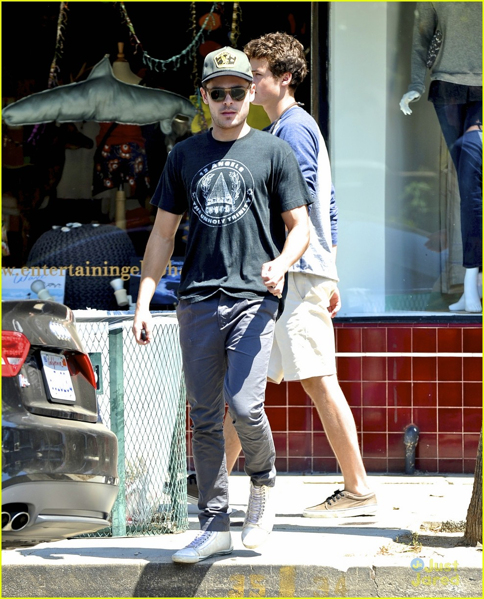 zac efron lunch with dylan 04