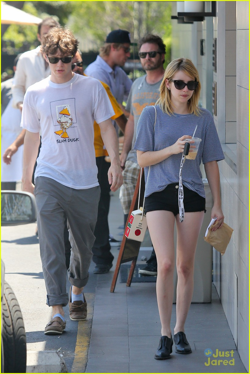 emma roberts evan peters oak market 12