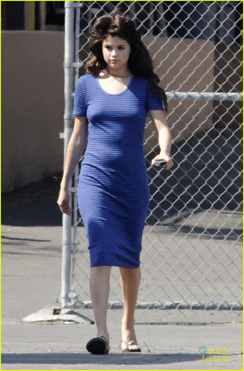 Daydream Stars: Selena Gomez: 'Parental Guidance' Saturday!