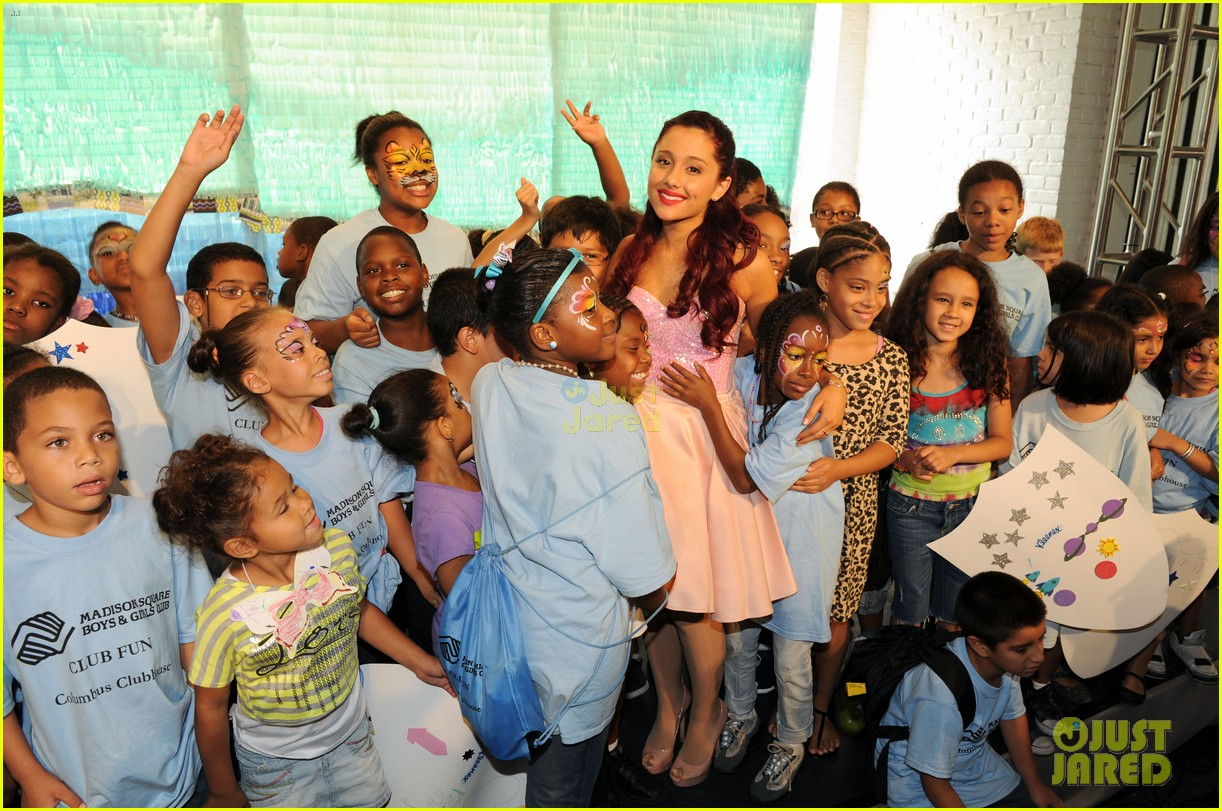 Full Sized Photo Of Grande Jjj Interview 07 Ariana