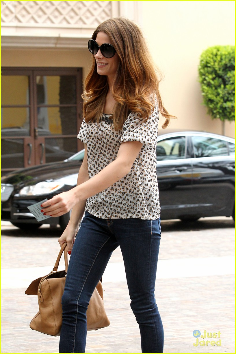 ashley greene montage hotel 03