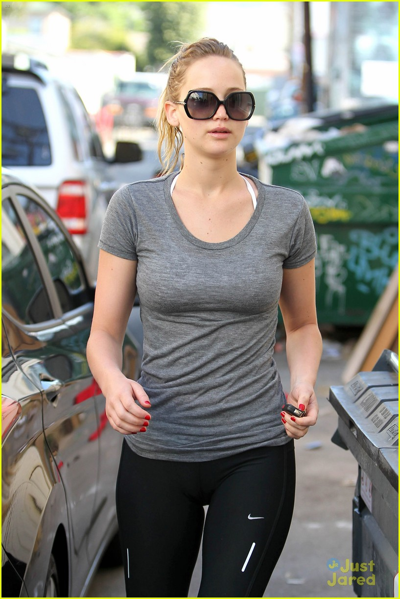 jennifer lawrence boxing gym 04