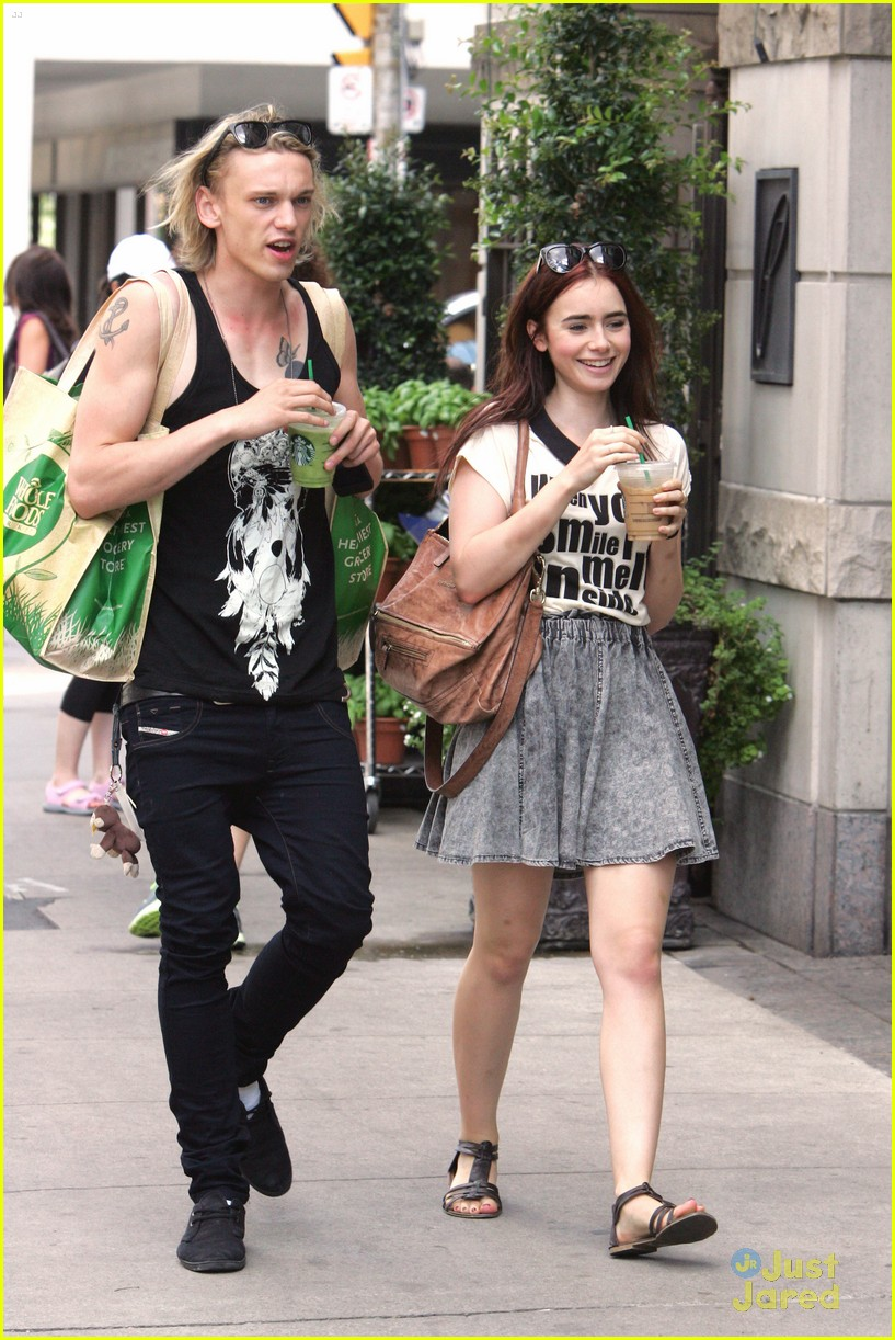 lily collins jamie bower city bones set 09