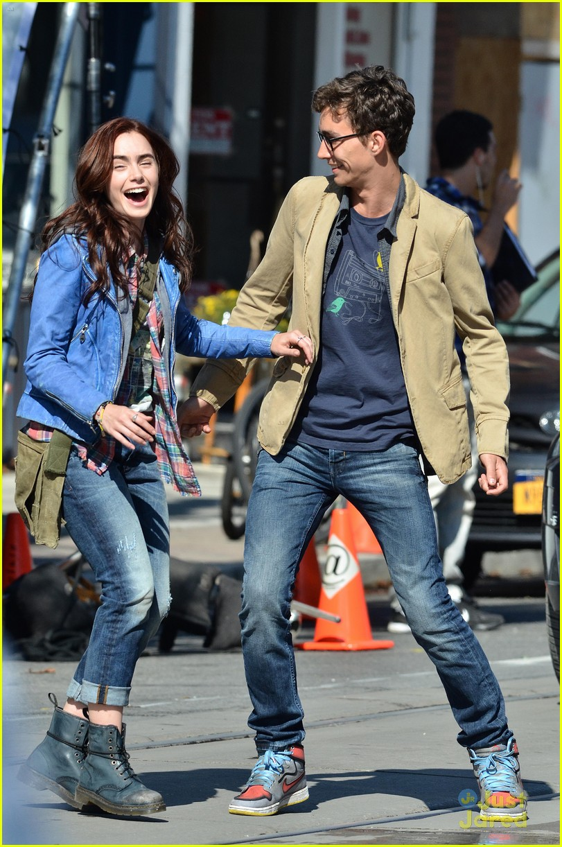 lily collins robert sheehan city bones 06