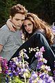 Twilight-stills taylor lautner kristen stewart twi stills 07