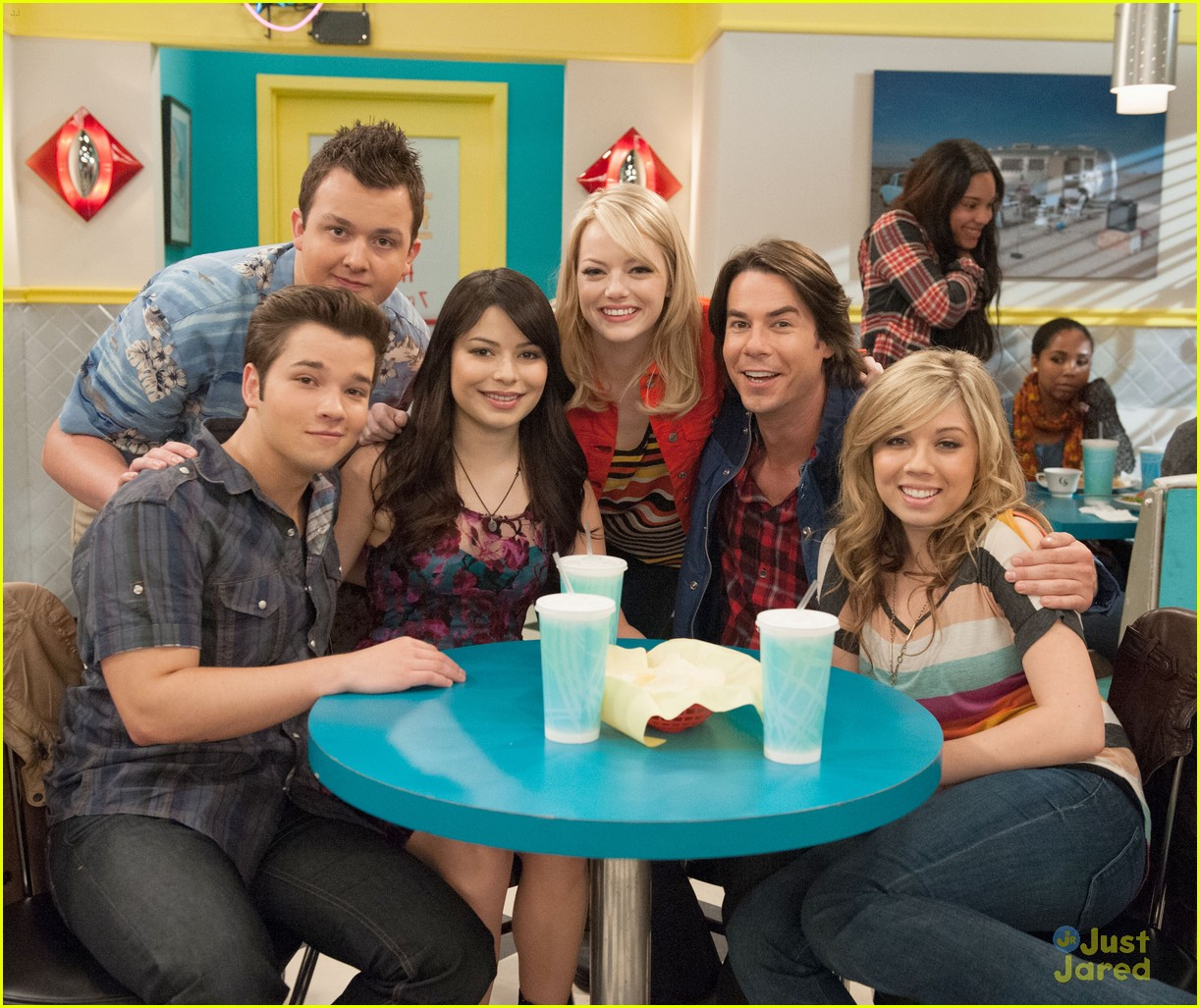 emma stone icarly first look 08