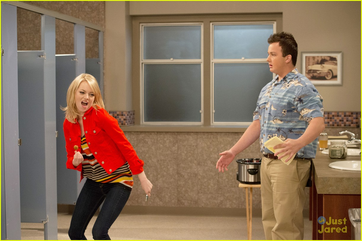 emma stone icarly first look 09