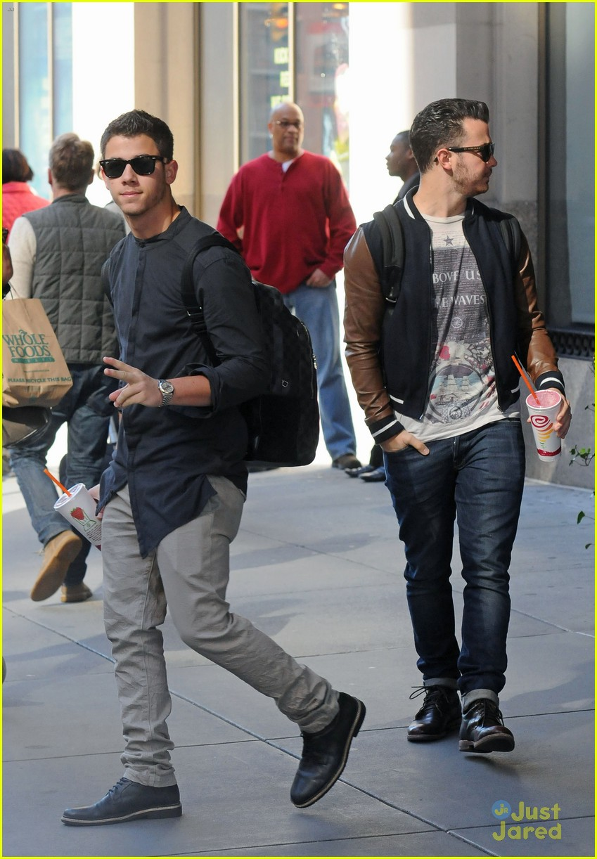 jonas brothers hotel 01