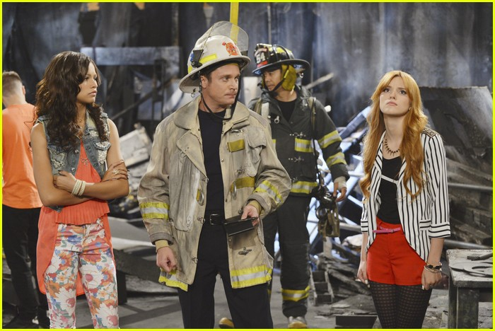 bella zendaya shake it up fire 05