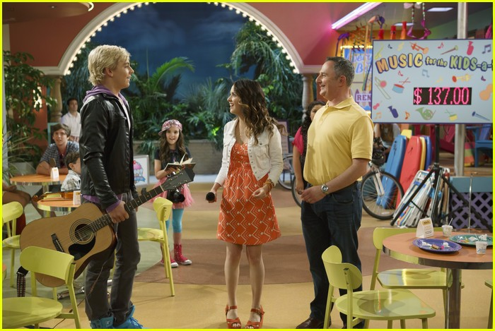 austin ally parents stills 01