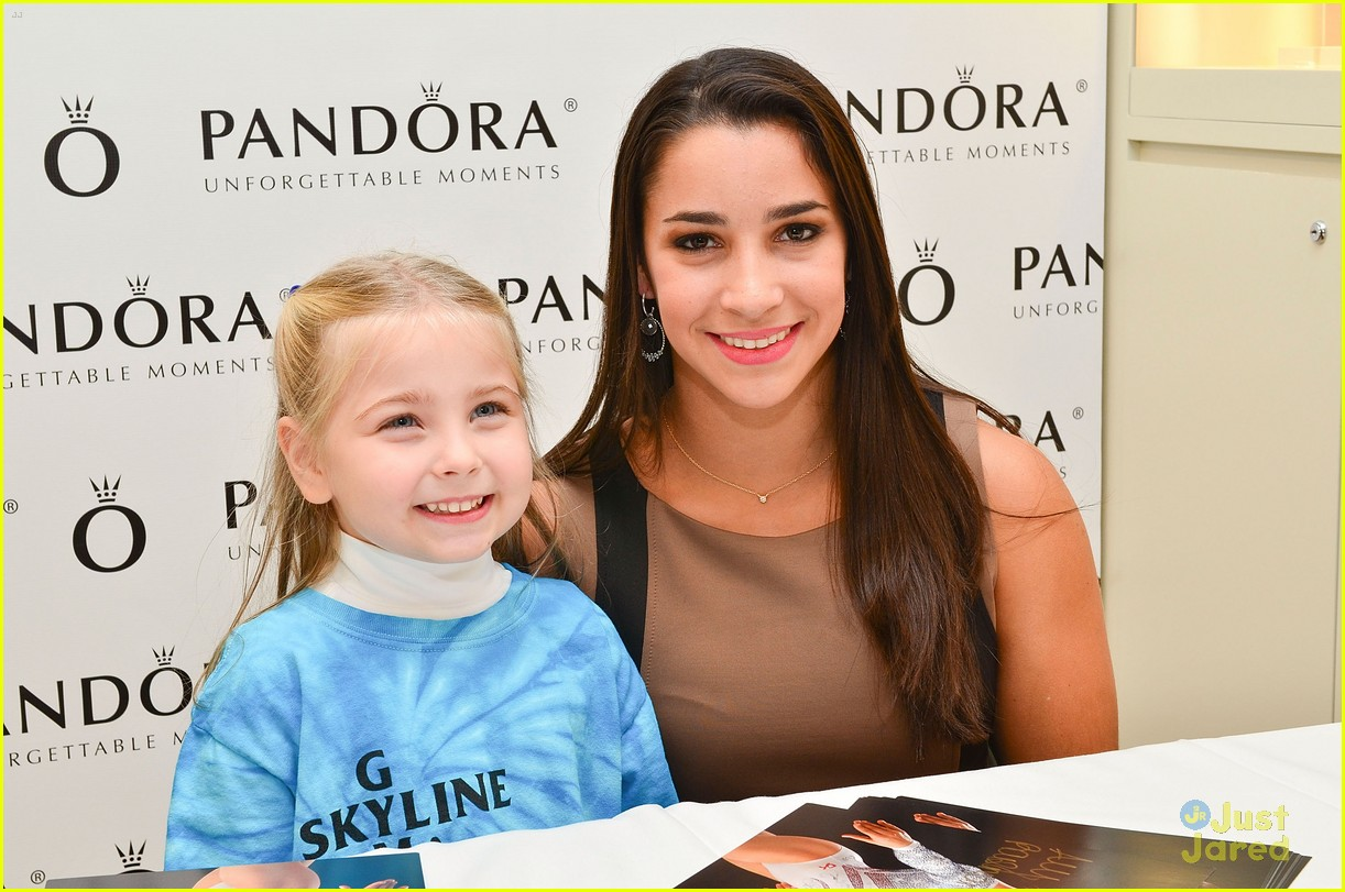 aly raisman pandora mg 02