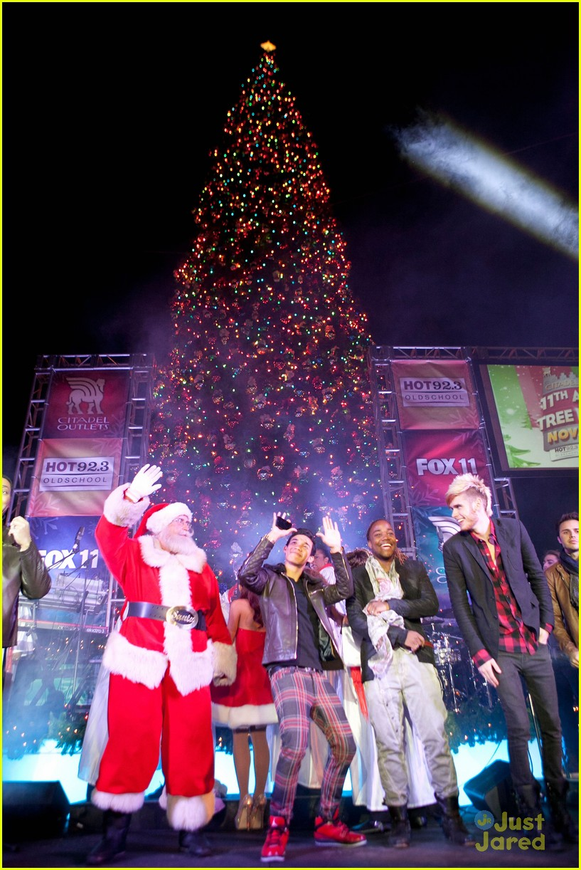 ariana grande roshon fegan citadel lighting 03